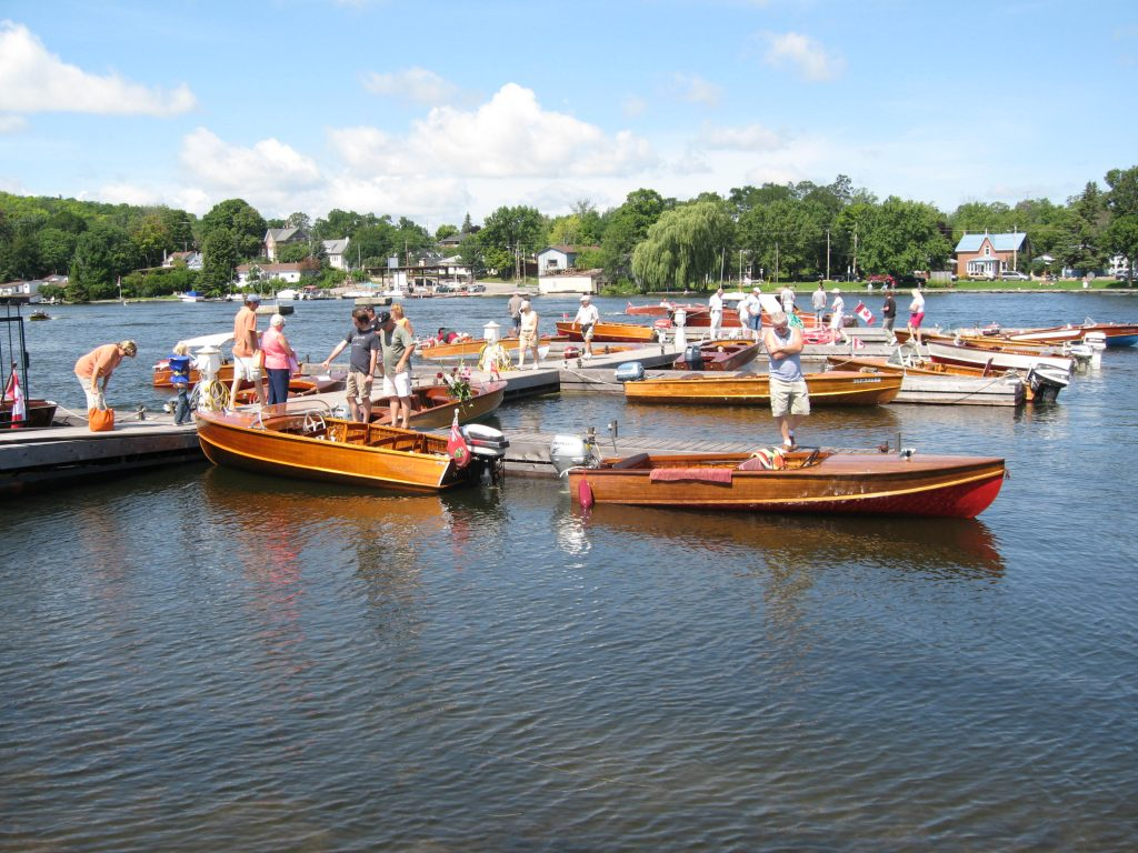 Antique and classic boats